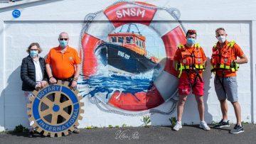 Remise de gilets de sauvetage à la SNSM du Tréport